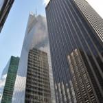 Zdjęcie budynku, podczas spaceru.
